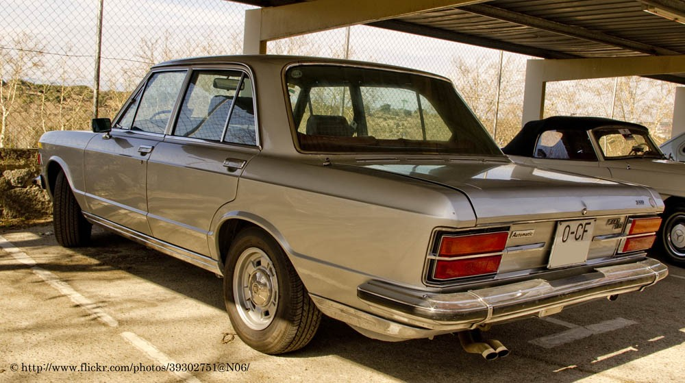 Fiat_130_automatic_(6816566034)