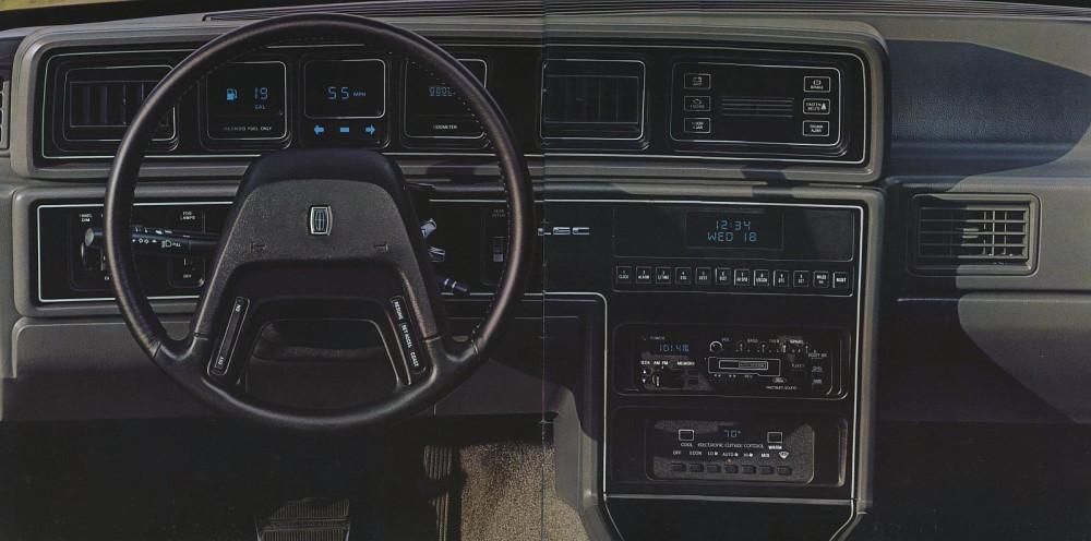 1985 Lincoln Full Line Prestige-10-11