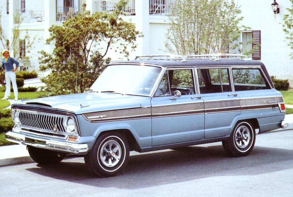 1969 Jeep Wagoneer Blue Frt Qtr