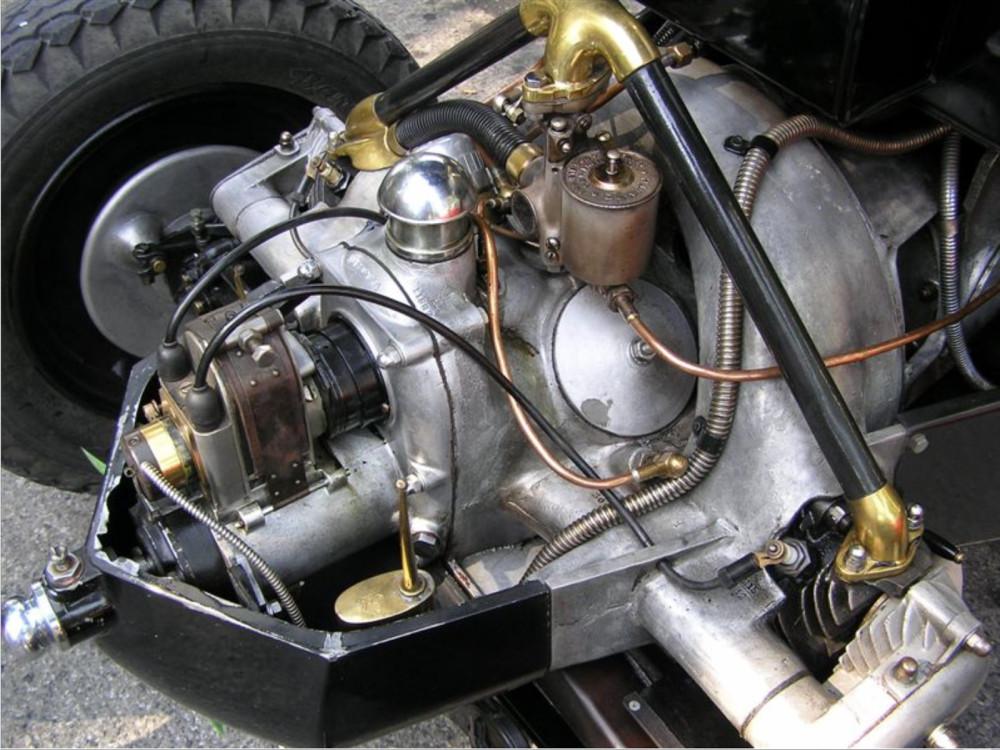 Tatra T12 engine bay 2