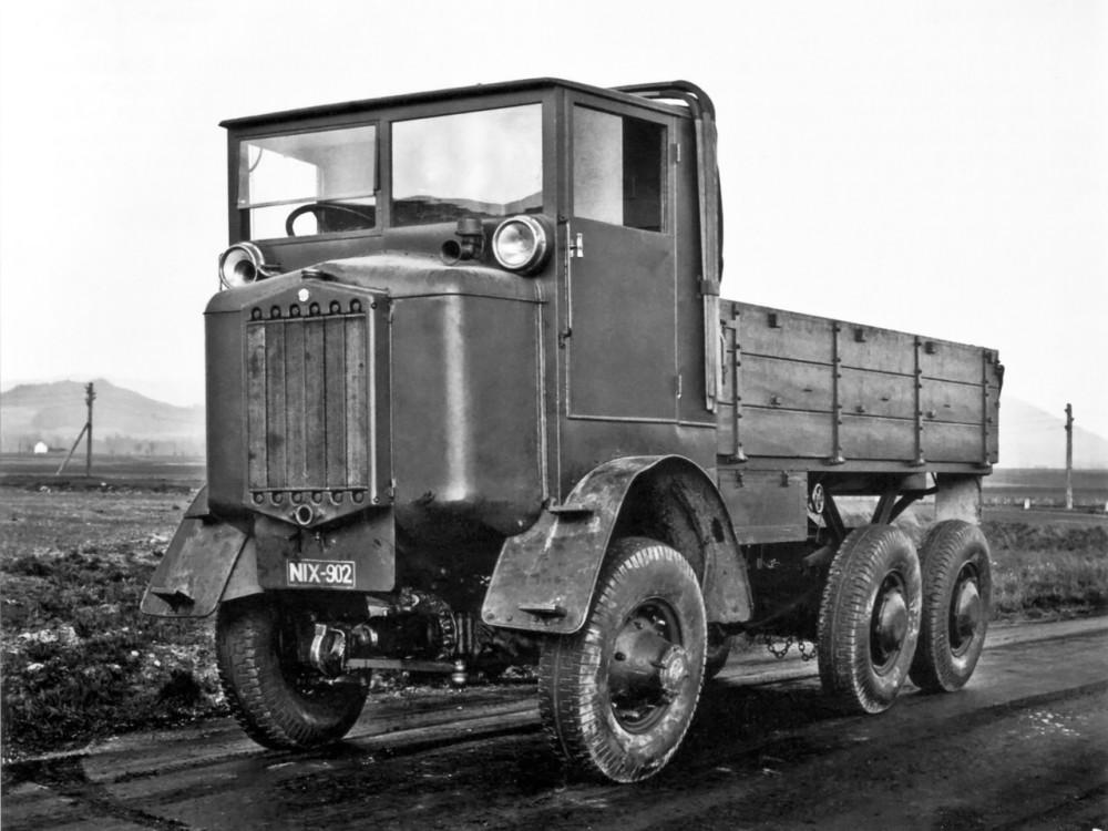 tatra_t25_6x6_tractor_prototype_1