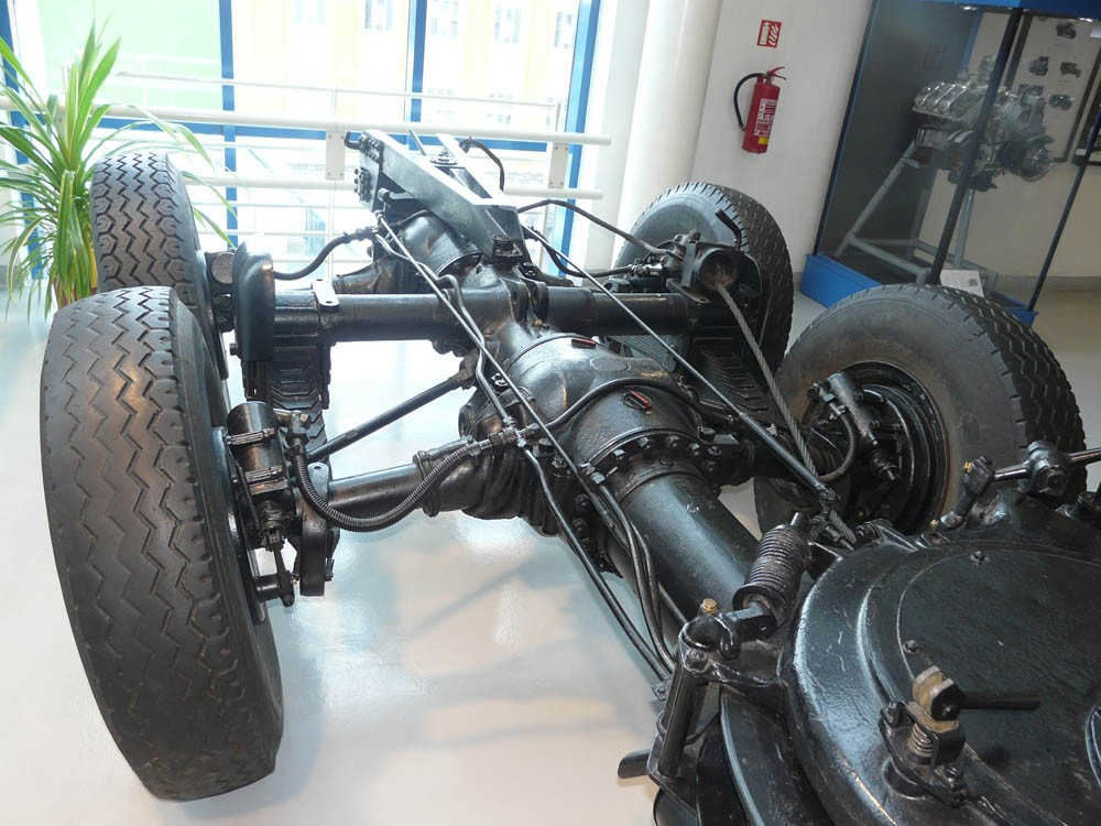 Tatra t-25 chassis1
