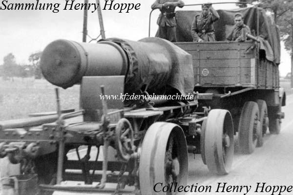 Tatra_T_25_-_Rohrwagen_Skoda_30-5cm_Morser_M_16-_Hoppe