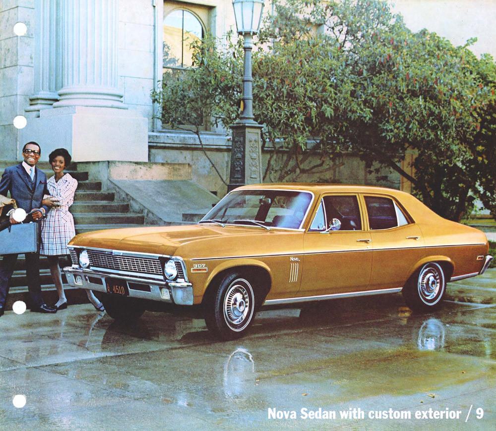1970 Chevrolet Dealer Album-06-09