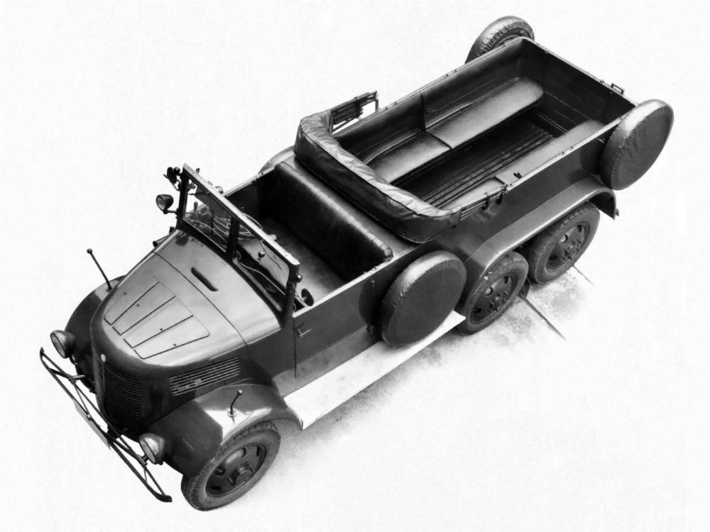 1941 Tatra T93R 6x6 001