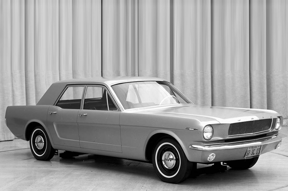 1964-Ford-Mustang-four-door-concept