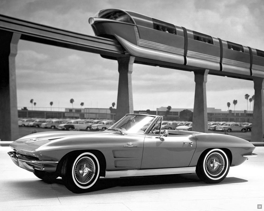 1963-Chevrolet-Corvette-StingRay-Conv