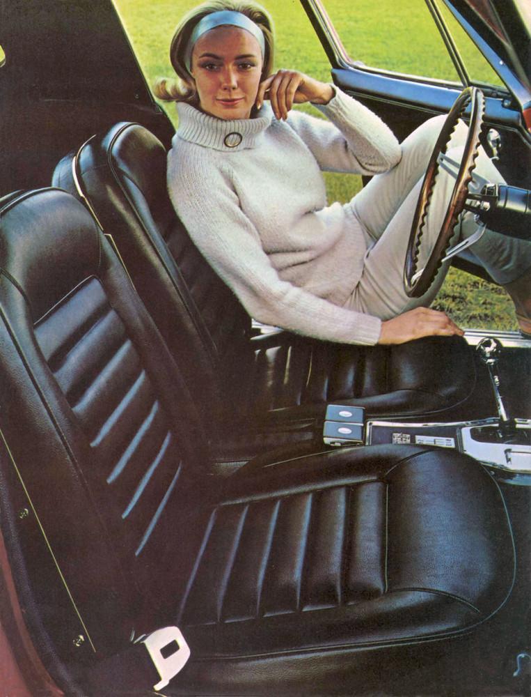 1966 Chevrolet Corvette-11