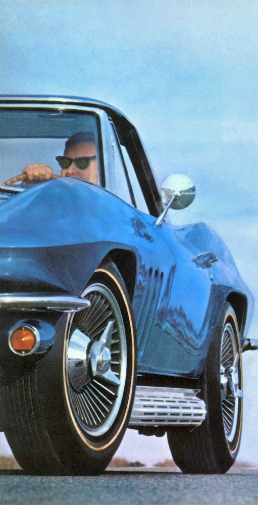 1966 Chevrolet Corvette-15