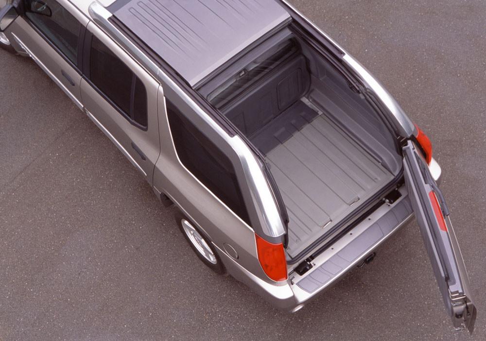 2005 GMC Envoy XUV677 1