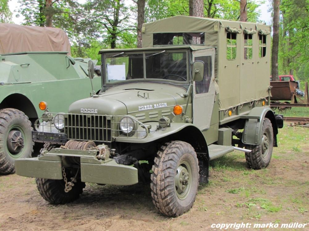 dodge-power-wagon-ehemaliger-mannschaftstransporter-81934