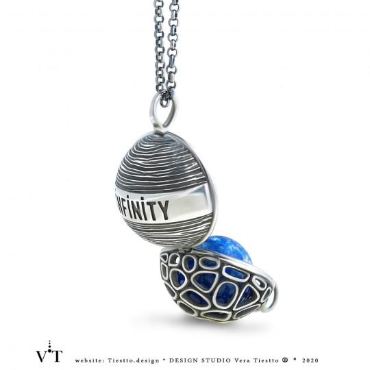 Кулон-Хранитель  из коллекции INFINITY, серебро, чернение, лазурит