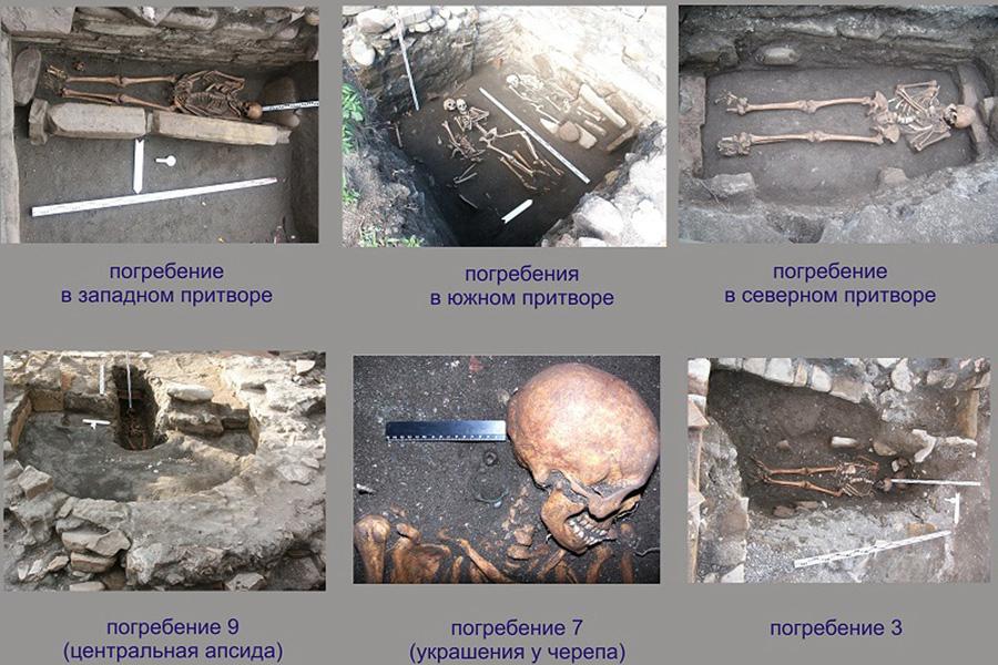 могила в алтаре