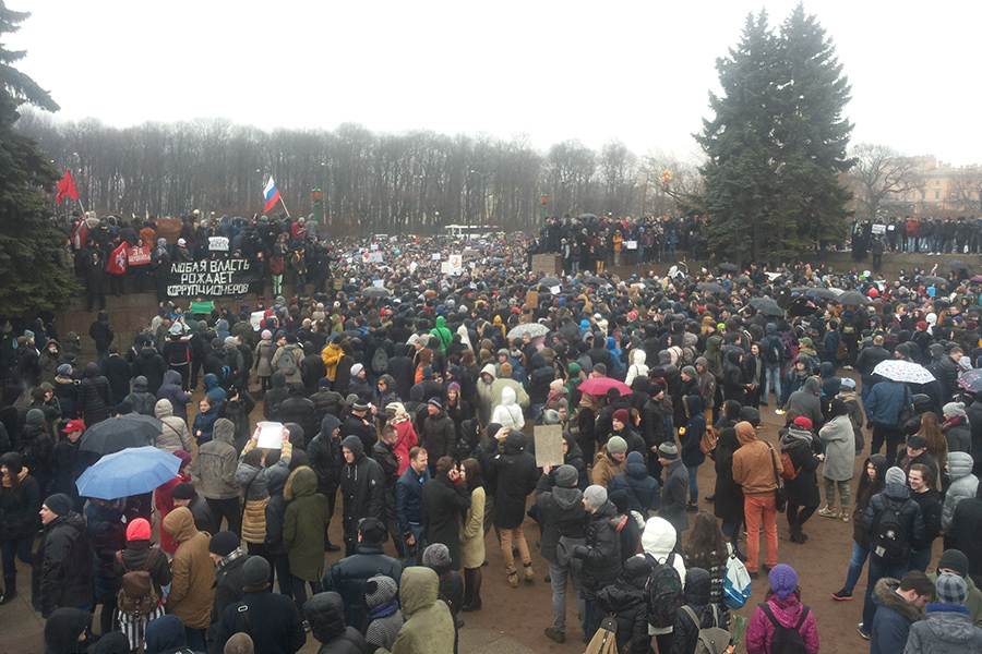 Санкт-Петербург: Вакуум власти или вакуум мозга?