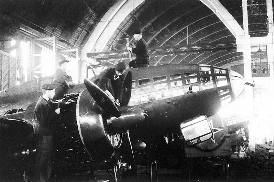 Сборка бомбардировщик Ил-4