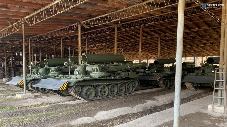Украина поставила в Мьянму 14 бронированных тягачей БТС-4ЛБТЗ БТС4ЛБТЗ, бронетанковый, бронированных, тягачей, ремонтноэвакуационных, Львовский, также, танков, машины, Trading, машин, Мьянму, директор, Amthyst, завод, 690сильный, обеспечивает, двигатель, который, способен