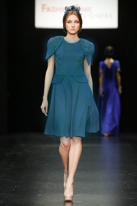 дизайнерское выходное платье