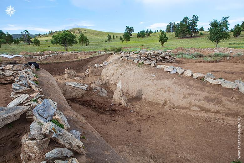 Оргойтон - древний могильник хуннских князей