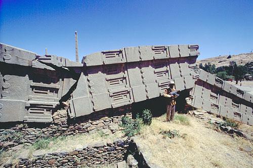 toppled-axumite-obelisk-500