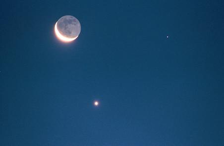 Moon_Venus_Mars-pic452-452x452-18663