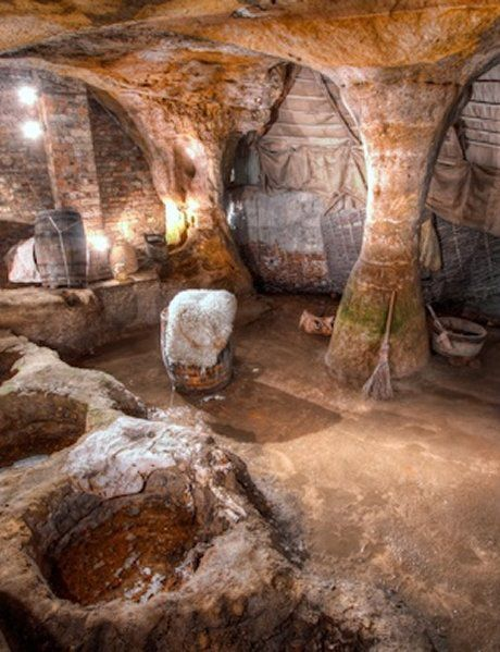 Искусственные пещеры, подземные города и тоннели на физике и тонком плане