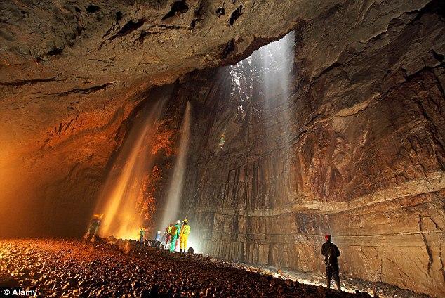Пещеры и подземелья древних цивилизаций и хранители кристаллов Атлантиды