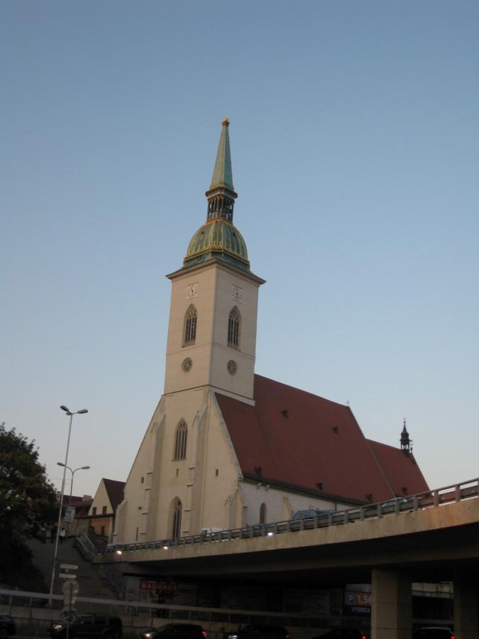 IMG_7406 - Братислава. Собор Св. Мартина.JPG