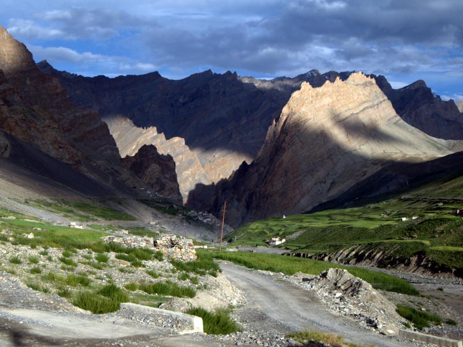 Затерянные в Гималаях. Один день из жизни деревни Фотоксар, Ладакх, Индия.
