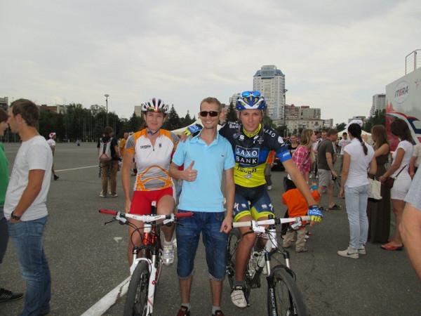 2. Дениска и чемпионы БМ