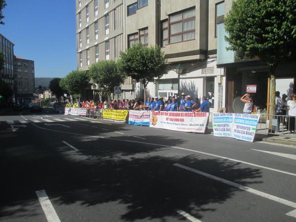 3. Испанцы митингуют