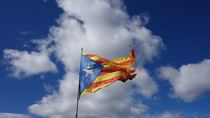 Война в Испании, Евросоюз в расколе