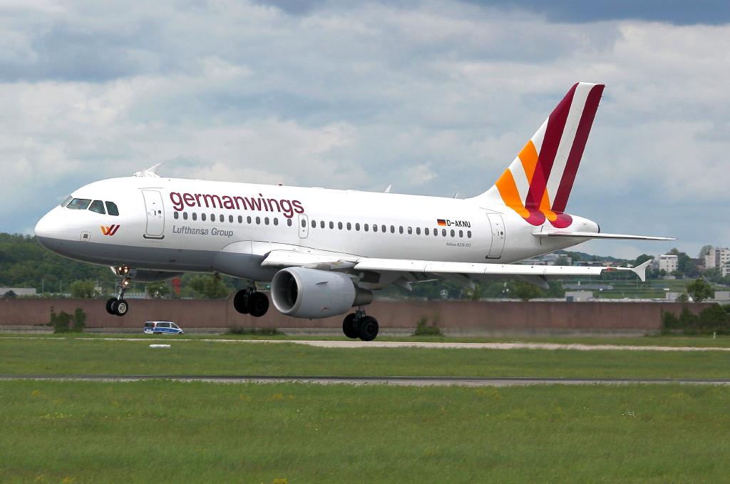17 Germanwings Airbus A319-112