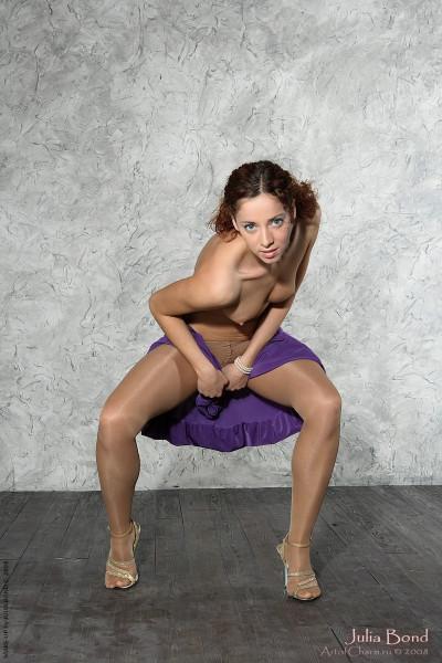 Julia Bond Pantyhose 88