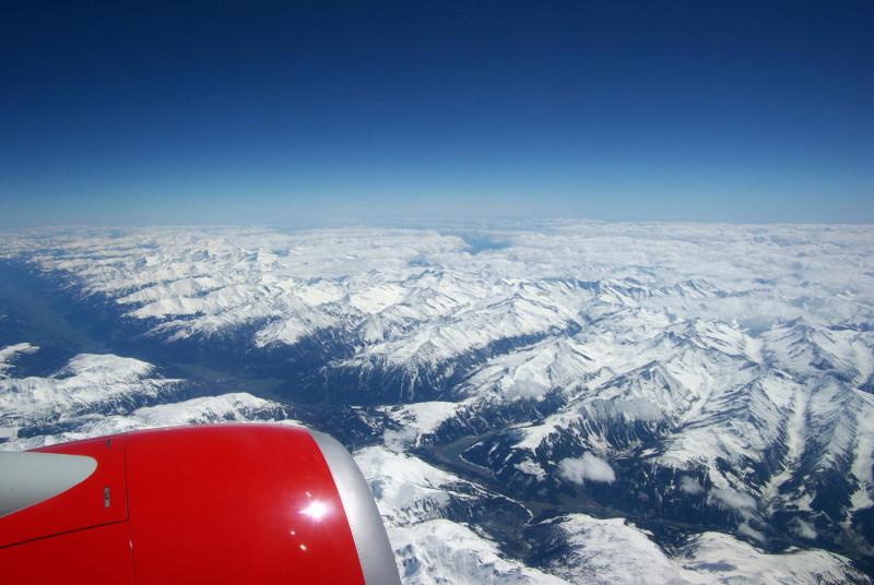 Пролетаем над Альпами по дороге в Неаполь