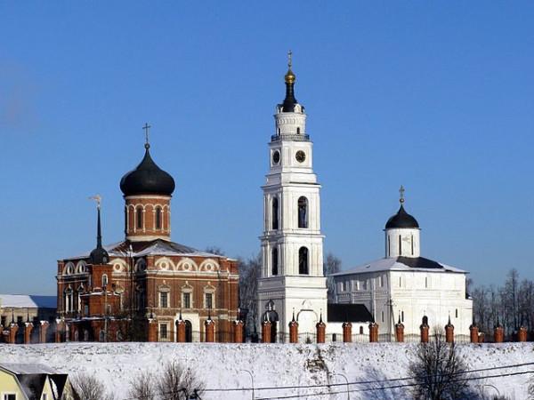 640px-Volokolamsk_Kremlin_14