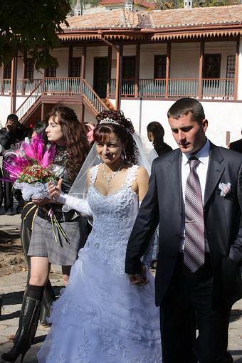 Молодожены в ханском дворце