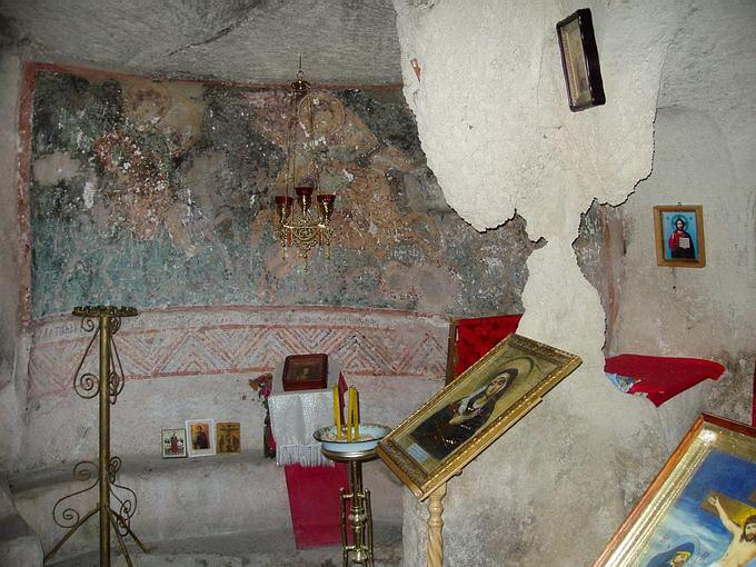 Фреска в храме Трёх всадников