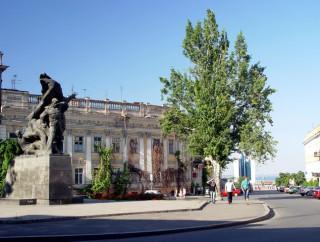 Был памятник Потемкинцам