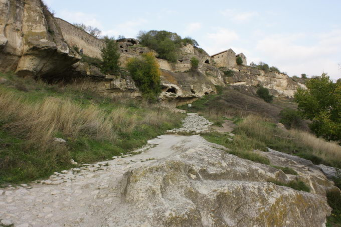 Вид на Чуфут-Кале