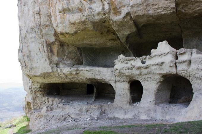 Пещера на Тепе-Кермене