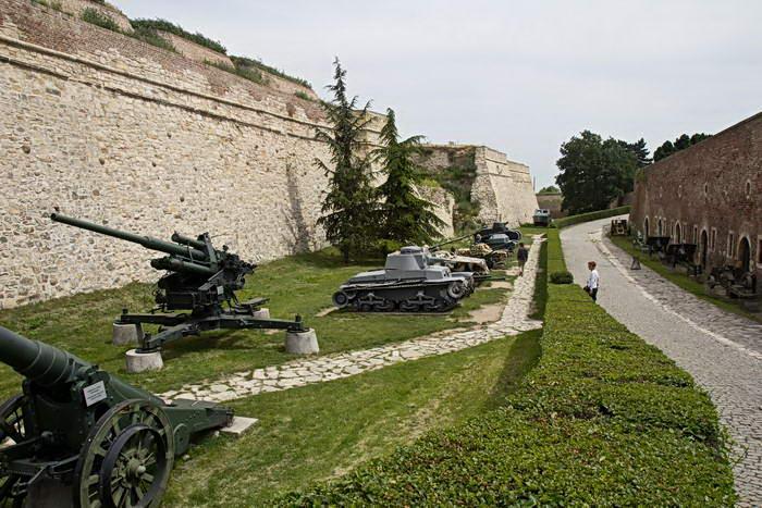 Белград. Калемегдан. Военный музей