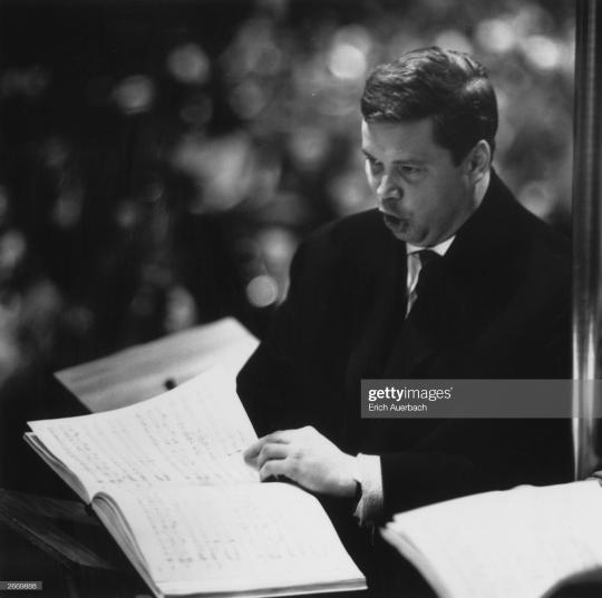 Дитрих Фишер-Дискау на репетиции Военного реквиема. 1962 год © Photo by Erich Auerbach/Hulton Archive/Getty Images