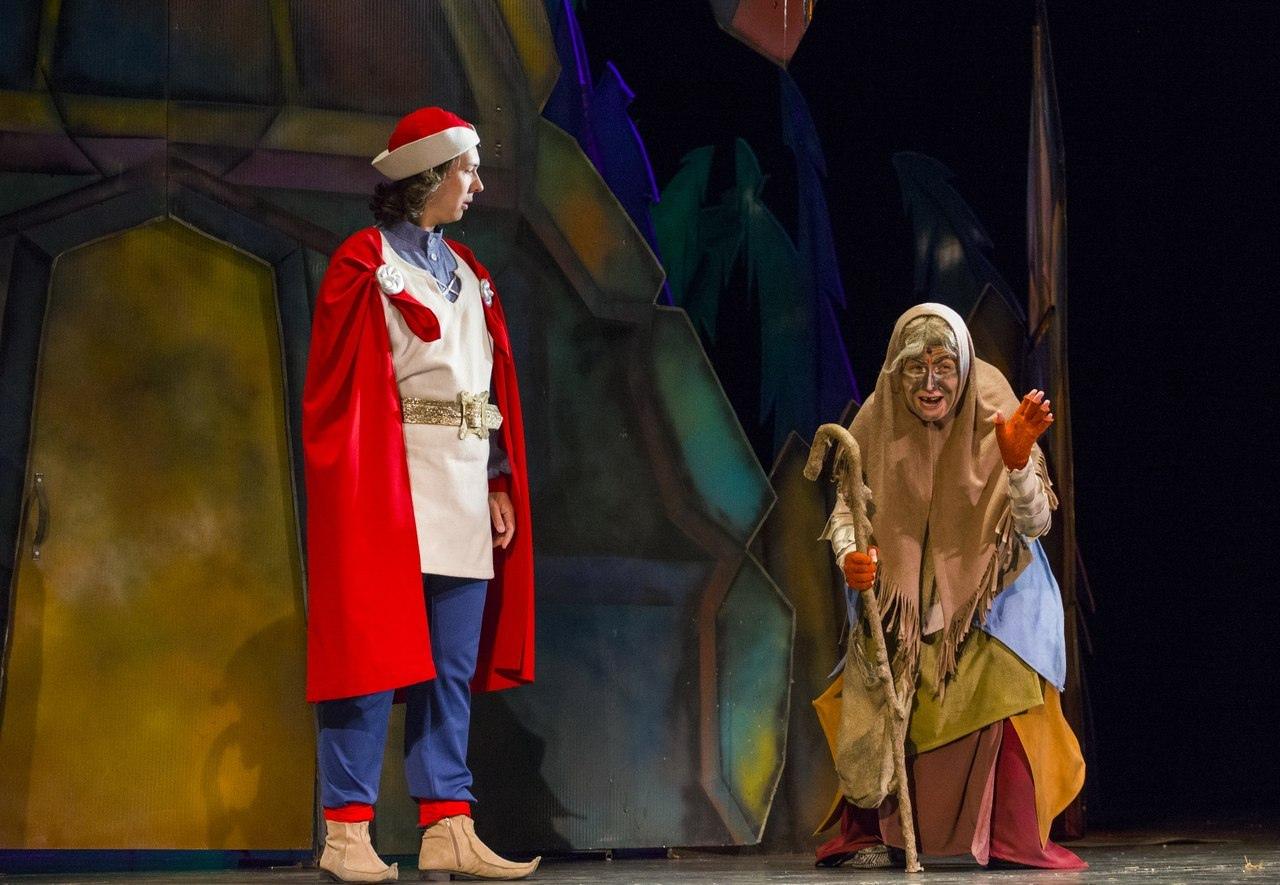 «Красавица Насто», Музыкальный театр Карелии. Фото Виталия Голубева