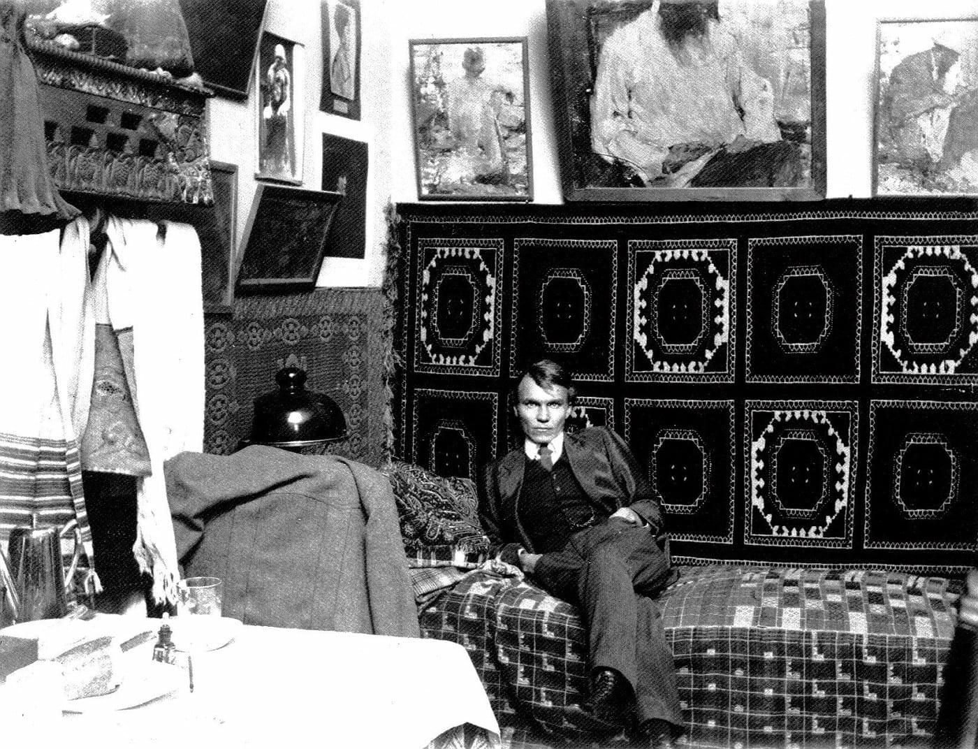 Николай Фешин в мастерской Казанской художественной школы (1910-е)