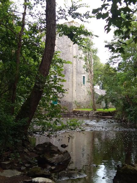 Старинная башня, восстановленная в начале 20-го века. Сейчас - частный музей.