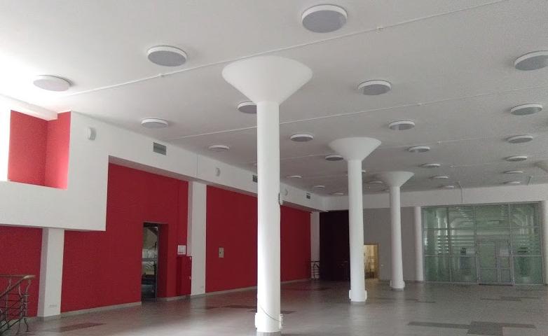 Общественный корпус, холл 1-го этажа