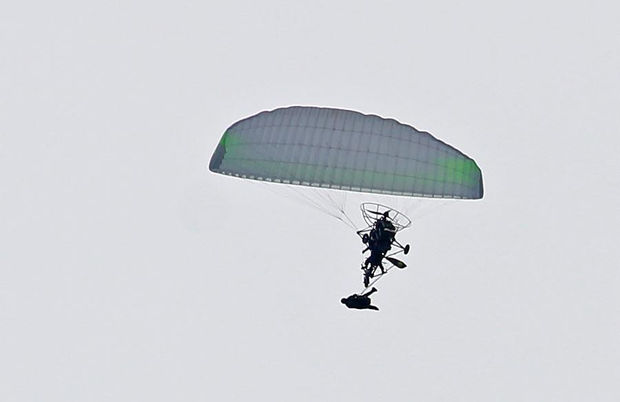 Paralet_jump