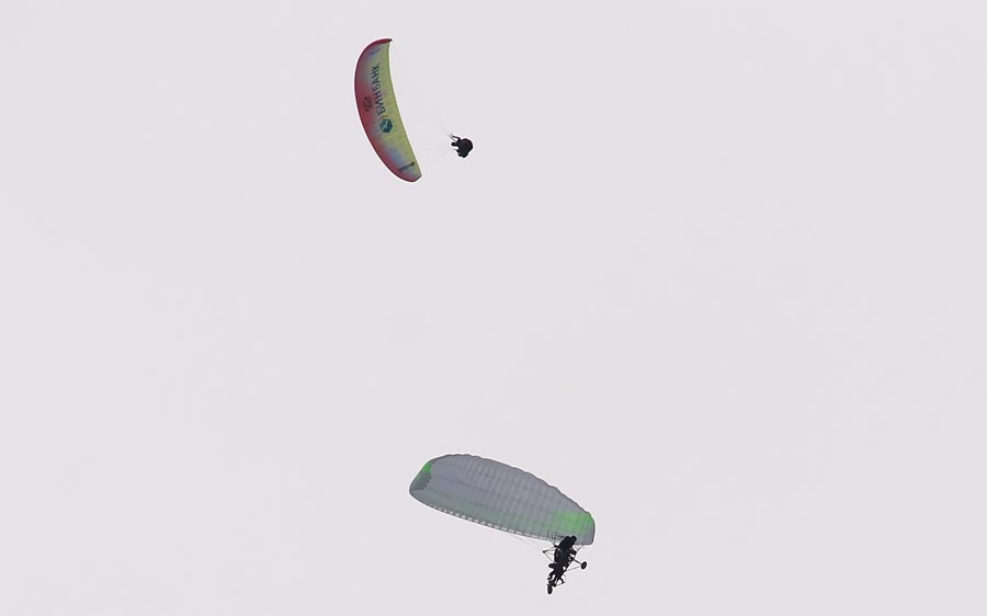 Paralet_jump3