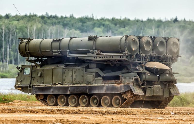 s-300v-antei-300v-zrk-puskovaia-ustanovka-9a83-zenitnyi-rake