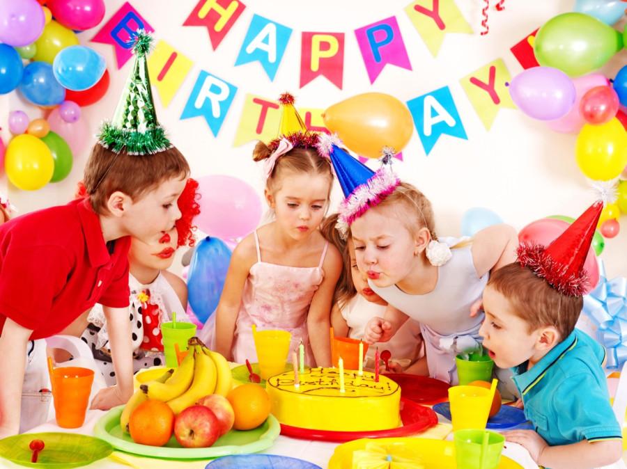 Бесплатные открытки и рамки на День Рождения с вашим фото